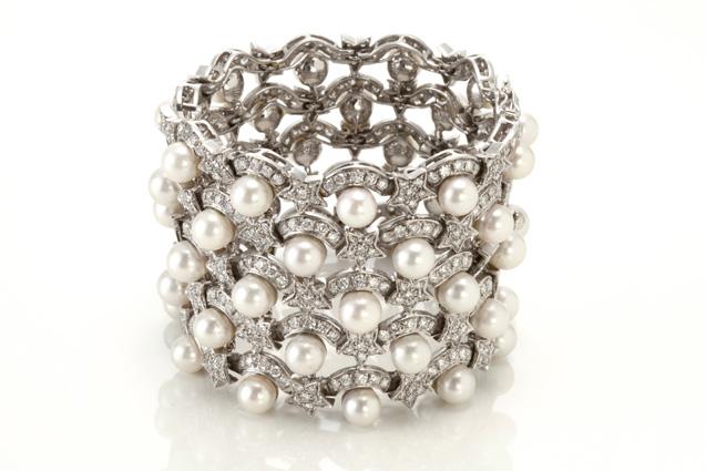 527770d54ec Site realiza leilão de 297 joias e canetas nesta quinta-feira (22).  b Lote  150   b  Bracelete de ouro branco 18 quilates