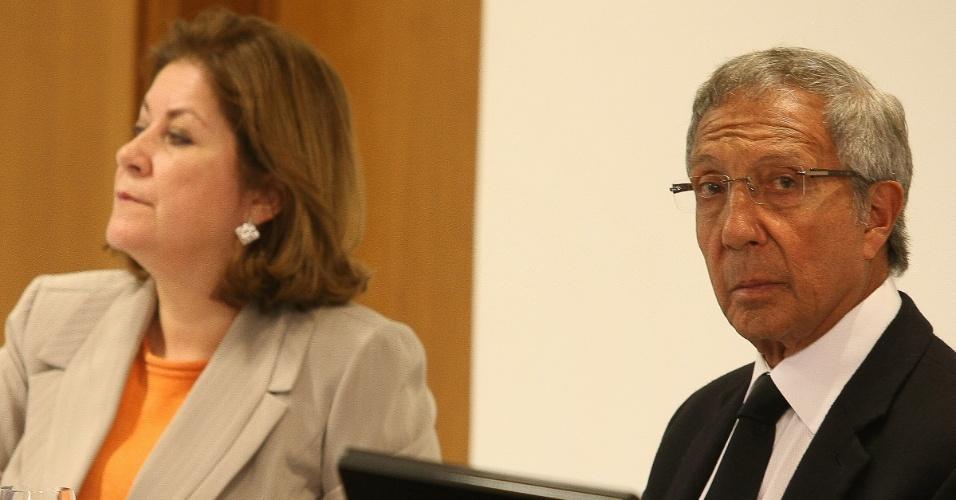 A ministra do Planejamento, Miriam Belchior, e o empresário Abílio Diniz em Reunião da Câmara de Gestão Desempenho e Competitividade, em Brasília