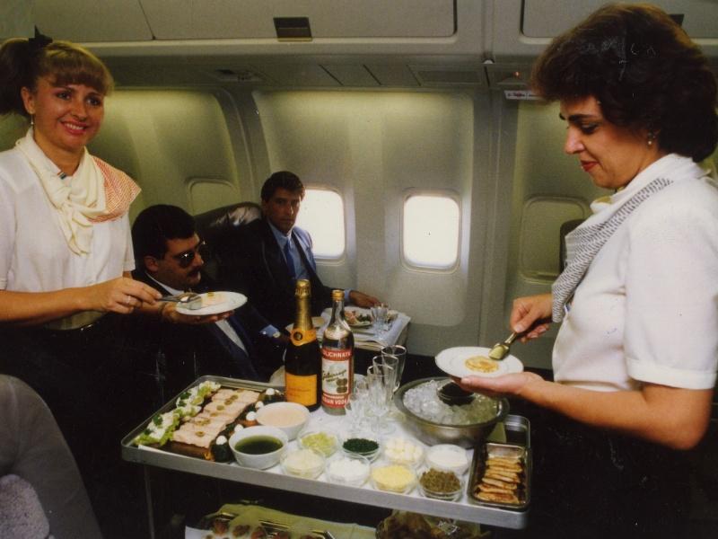 Serviço de bordo da Transbrasil em 1991