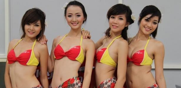 VietJetAir é multada por realizar desfile de biquíni em pleno voo