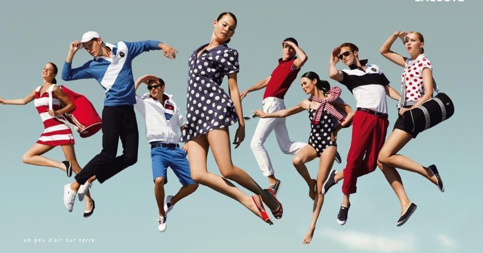 A famosa camisa polo, da Lacoste, é muito desejada pelos funkeiros em letras de música; nas lojas, o preço fica em torno de R$ 250