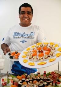 Eugênio Ferrão, criador da máquina de fazer shushis e da franquia Japa Express