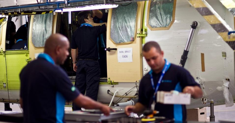 A Helibrás realiza intercâmbio de aprimoramento com outras fábricas da Eurocopter pelo mundo, principalmente na França