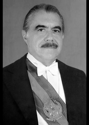 José Sarney é retratado em foto oficial do Planalto
