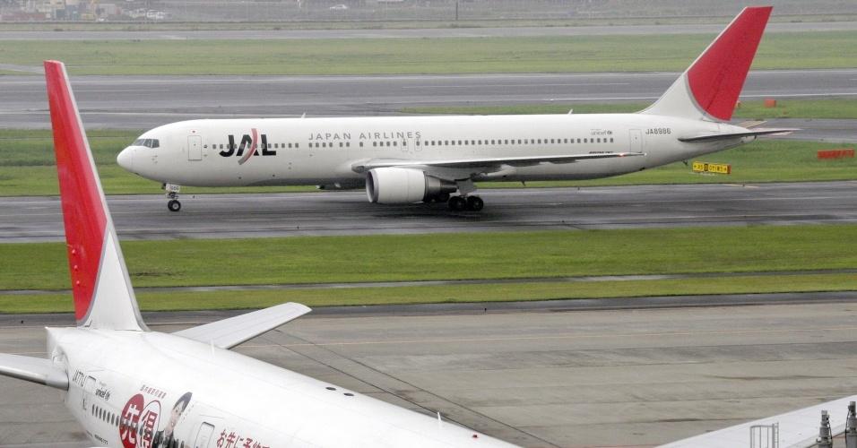 Avião da Japan Airlines, 26 junho de 2007, aeroporto de Toquio
