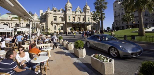 Pouco mais da metade dos grandes investidores em Mônaco preveem piora