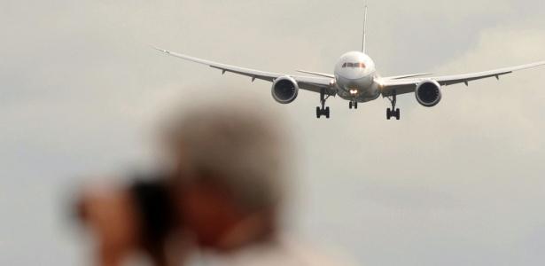 O Boeing 787 Dreamliner é apresentado em feira do setor aéreo; veja mais modelos