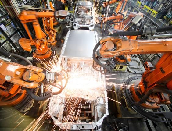 Vendas fortes impulsionaram produção, mas fabricantes terão de pisar no freio no trimestre final - Fernando Donasci/UOL