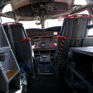 Patrocinar malla Desconocido  Fotos: Veja aviões aposentados que viraram atração - 04/06/2012 - UOL  Economia