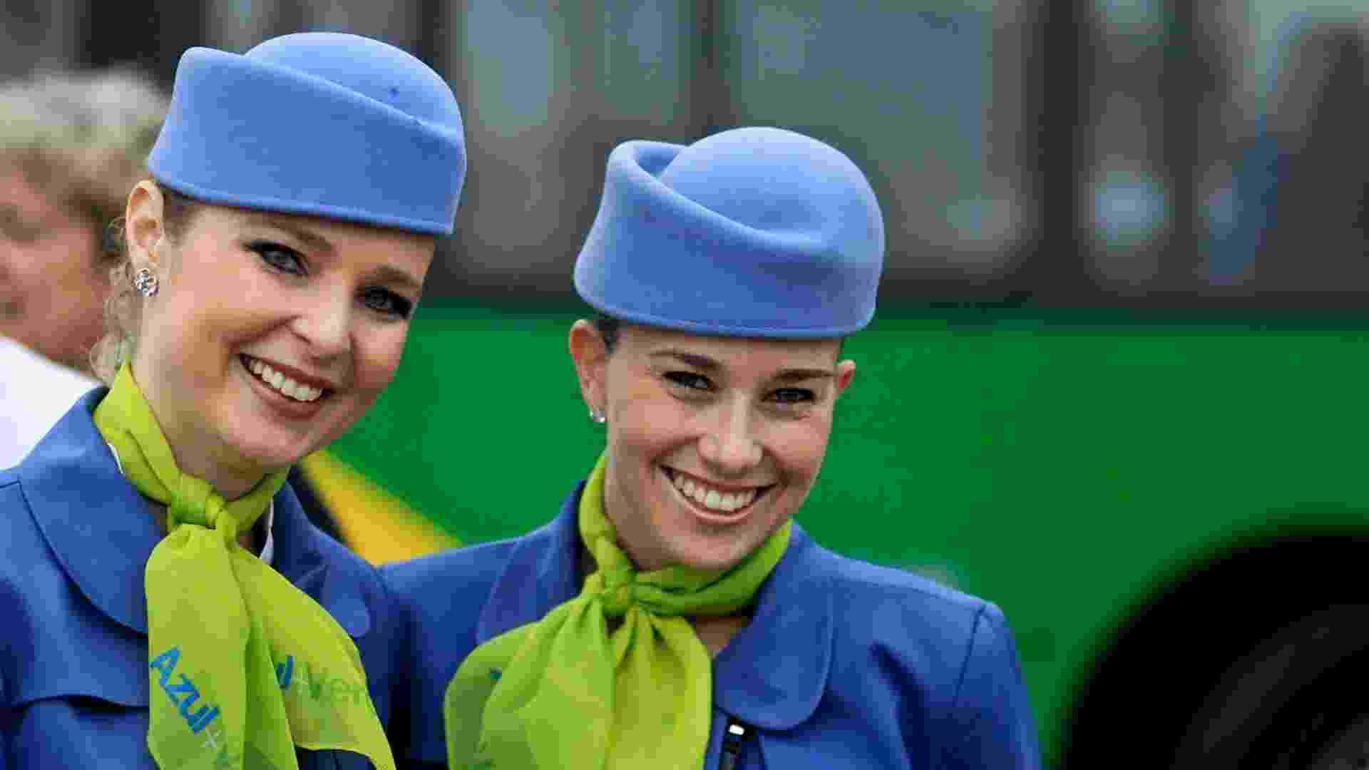 A companhia aérea Azul fez um voo experimental com biocombustível a base de cana-de-açúcar. O voo, reservado para convidados, partiu do Aeroporto de Viracopos, em Campinas (SP) com destino ao  Aeroporto Santos Dumont, no Rio de Janeiro - Leandro Moraes/UOL
