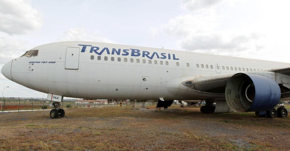 Os aviões da extinta Transbrasil que estão há anos parados no Aeroporto de Brasília receberam autorização da Justiça para serem desmontados