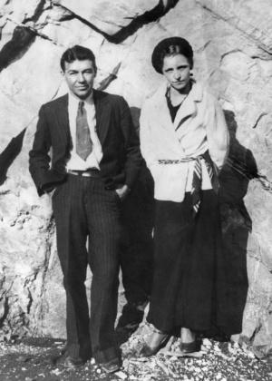Casal Bonnie e Clyde, famosos criminosos que já foram imortalizados no cinema - Arquivo/AFP