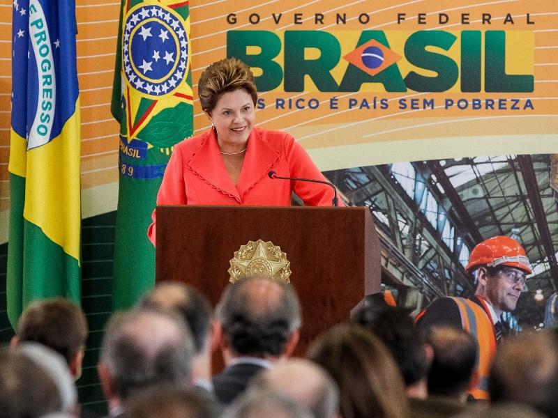A presidente Dilma Rousseff anuncia os detalhes do plano de redução de tarifas de energia