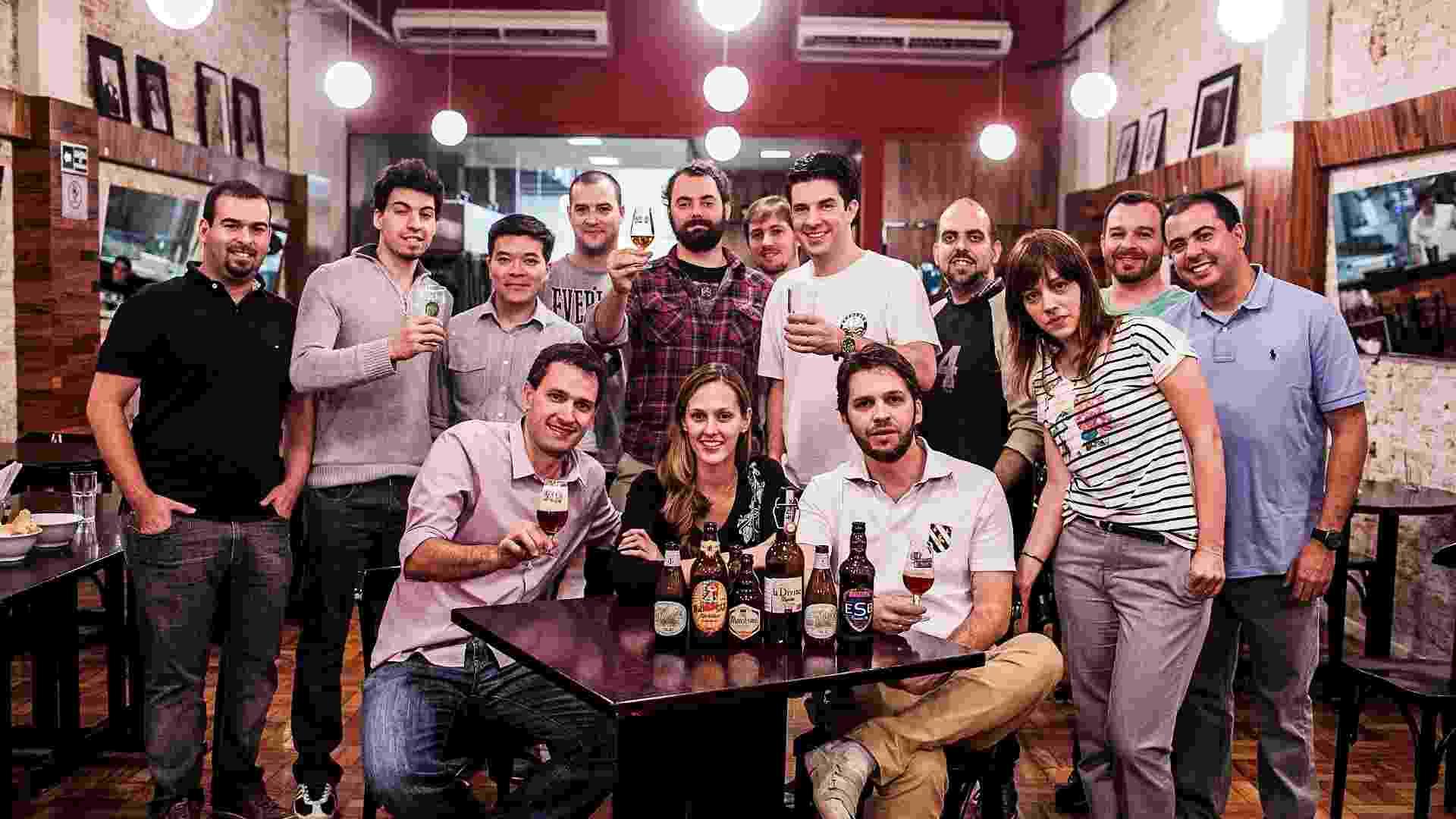 Alunos do Instituto da cerveja participam de aula de degustação - Leonardo Soares/UOL