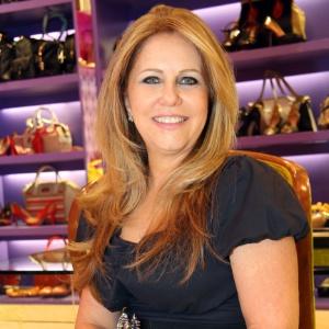 Telma Maia Polo passou de sacoleira de sapatos a empresária, e é dona da rede de franquias Lessô - TuziOliveira Fotografia