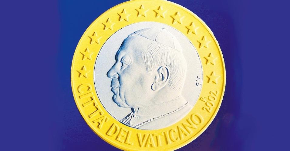Vaticano colocou em circulação a sua própria moeda de euro, até então restrita a colecionadores