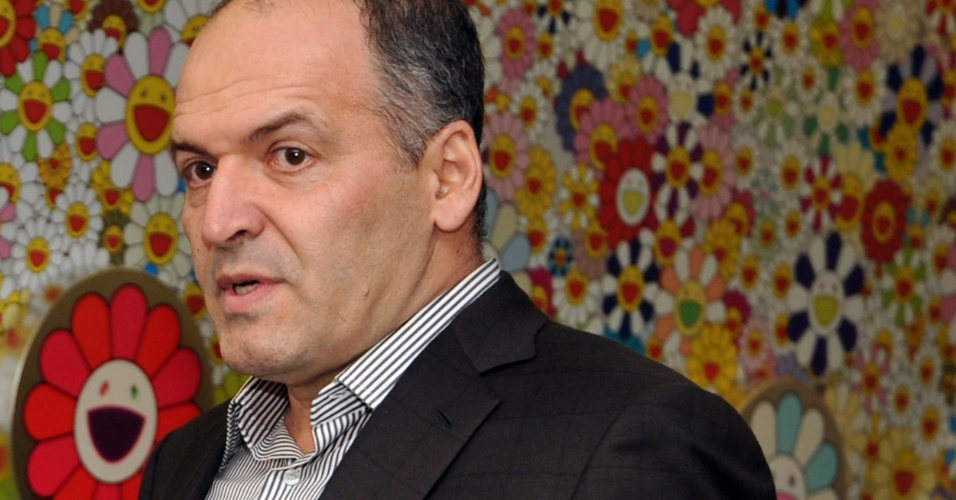 Foto de 29 de outubro de 2010 mostra o bilionário ucraniano Viktor Pinchuk em abertura de uma exposição de arte em Kiev